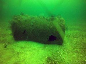 Flotador batea hundido
